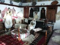 Moterų kambario albanų namuose ekspozicija