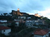 Legendinė Krujės pilis ir miestelis