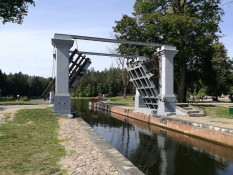 Dambruvkos šliuzas pastatytas 1829 m.